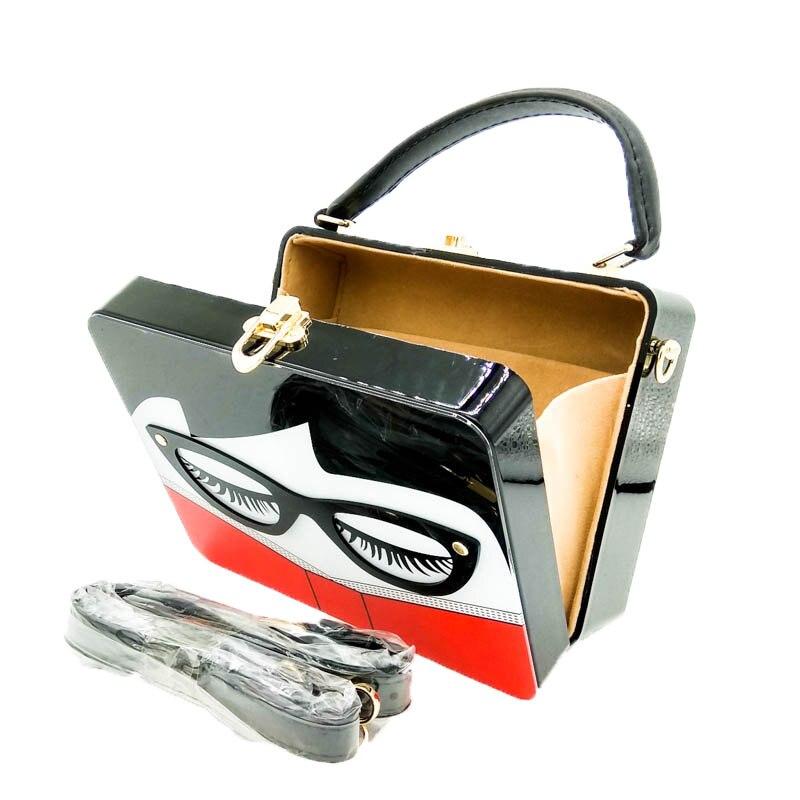 Boutique de fgg senhoras com óculos caixa