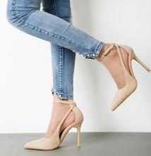 MANMITU-el envío libre 2017 zapatos de cuero genuinos de las mujeres de Occidente bombas chicas de moda punta estrecha recortes abrochan los altos zapatos de tacón negro