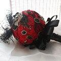 Personalizado negro rojo Rosas De Seda Ramo de Novia de La Boda Con La Perla Broche de Perlas, Boda Romántica de La Novia Colorida's Ramo