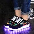 Sapatos levaram para adultos 2017 light up shoes man plano com tamanho grande 4.5-14 de impressão sapato casual 7 cores dos homens sapatos baratos