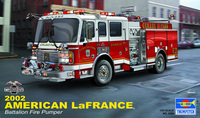 Assembly 1:25 Model of Automobile Car Simulation Toy Assembly American Fire Truck In 2002 02506 Model Kit