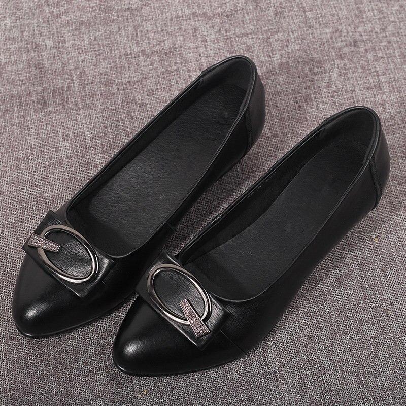 แฟชั่นผู้หญิงคุณภาพสูงหนังนุ่มสแควร์รองเท้าส้นสูงปั๊มรองเท้า 4.5 cm รองเท้าส้นสูงรองเท้าแฟชั่นผู้หญิง-ใน รองเท้าส้นสูงสตรี จาก รองเท้า บน   2