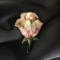 Luxury Colour Crystal Rhinestone Flower Brooches for Women Natural Pearl Brooch Pins Jewelry for Wedding Party Scarf Accessories