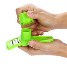 Multifunction Stainless Steel Pressing Garlic Slicer Cutter and Shredder Tool for Kitchen