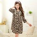 Frete grátis mulheres tencel do leopardo sexy nightdressSleepwear camisola 2016 primavera verão A664