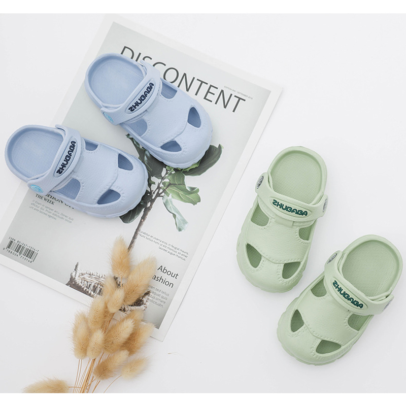 ActhInK Summer Baby Kids Casual Sandals with Adjustable Heel Belt Boys & Girls Breathable Beach Sandals Kids Soft Home Slippers