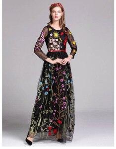 Image 2 - Nouveauté de luxe printemps femmes col rond manches longues broderie couches fleur Maxi robes de piste en 3 couleurs