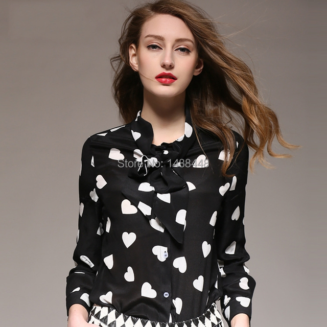 408543afe385f 2015 Freeshipping Silk Print Fashion Black White Blusas Women Tops New  Peach Heart Printed Blouse For Ladies Factory Outlets