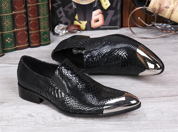 British fashion trend loafers shoes casual mens shoes slip-on snakeskin leather embossed iron head low top mens shoesBritish fashion trend loafers shoes casual mens shoes slip-on snakeskin leather embossed iron head low top mens shoes