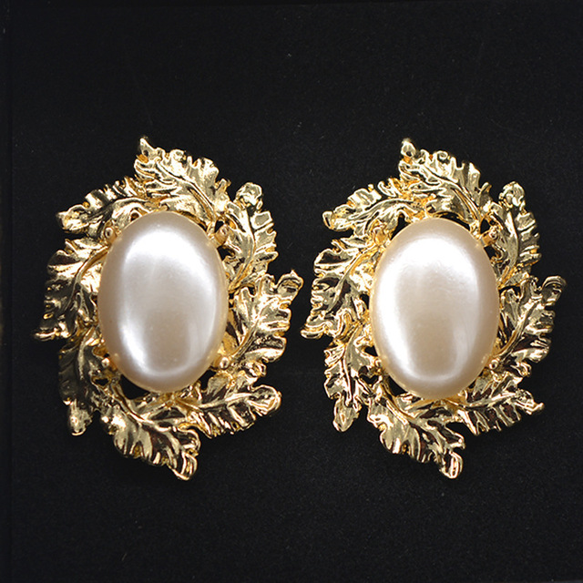 Big Pearl Stud Earrings For Women