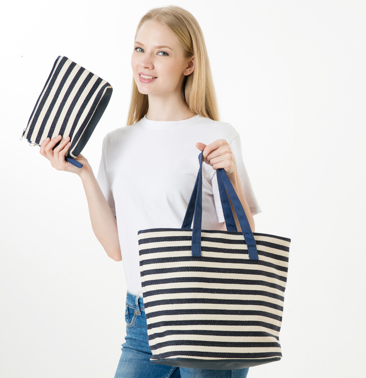 77ed18321c ANAWISHARE 2018 Women Handbags Canvas Ladies Summer Beach Bags Large  Shoulder Bag Striped Printing Female Shopping Bags Bolsa-in Shoulder Bags  from Luggage ...