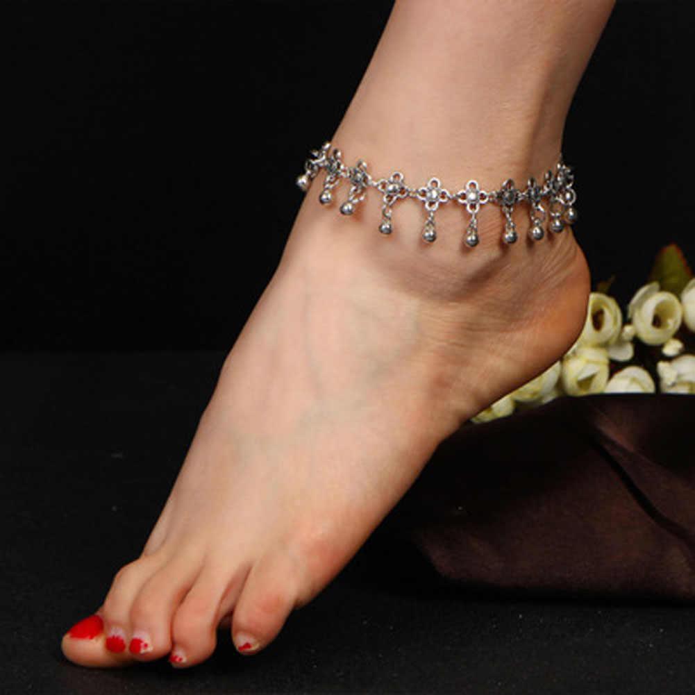 Retro Tarzı Oyma Hollow Damlacıkları Püskül Halhal Bells Ile Kadın moda takı Sandalet Gelinler Ayakkabı Yalınayak Plaj Hediye