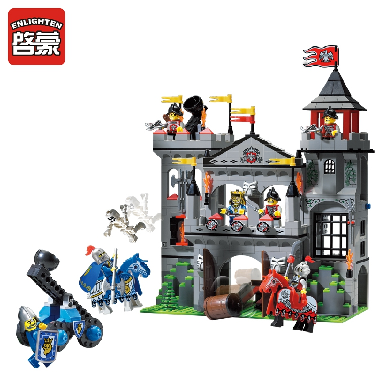 Enlighten 1021 2017 New Medieval Lion Castle Knight Carriage Building Blocks Sets Model Bricks Kids Toys for children DIY enlighten castle building block educational building blocks knight balista arrow model blocks playmobil toys for children
