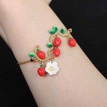 Lrregular Cute Strawberry Flower Ladies Bracelet Accessories Handmade Jewelry Fashion Luxury Holiday Party