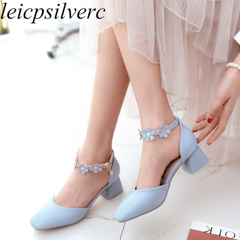 Women Pumps Beach Shoes High Heel Pu Square Toe Flower Pearl Buckle 2018 Summer New Sweet Fashion Casual Wedding White Pink Blue