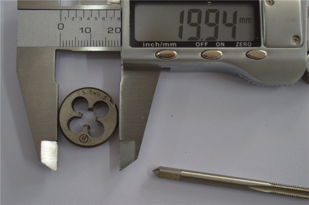1 Piece M5.5*0.5mm Tap And 1 Piece M5.5*0.5mm  Die , M5.5  Standard Metric Machine Used  Tap And Die