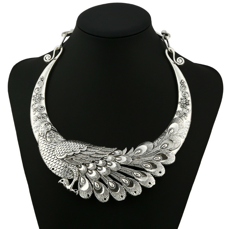 Statement Necklace 2020 Retro Carved Peacock Collar Choker Necklace Collier Femme Women Bohemian Ethnic Vintage Animal Chocker