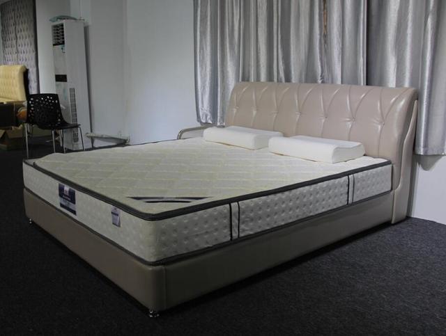2017 nuevo diamante copetudo contemporáneo muebles de dormitorio moderno cama de cuero genuino cristal de diamante de China