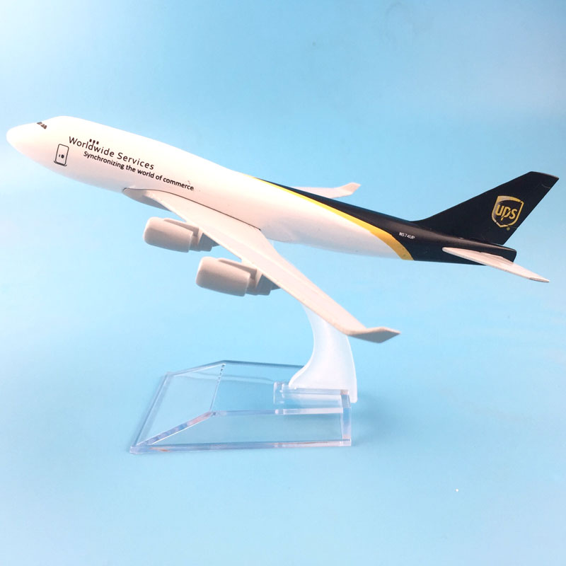 16cm Alloy Metal Air UPS Airlines Boeing 747 B747 400 Airways Plane Model Aircraft Airplane Model w Stand Gift toys for children free shipping air emirates a380 airlines airplane model airbus 380 airways 16cm alloy metal plane model w stand aircraft m6 039