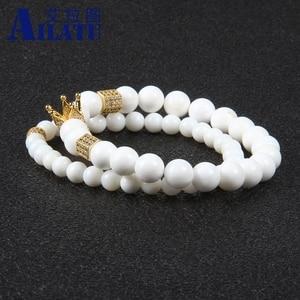 Image 2 - Ailatu מכירה לוהטת תכשיטים סיטונאי 10 סטי 8mm טבעי לבן אבן עם מיקרו פייב Cz כתר זוג צמיד