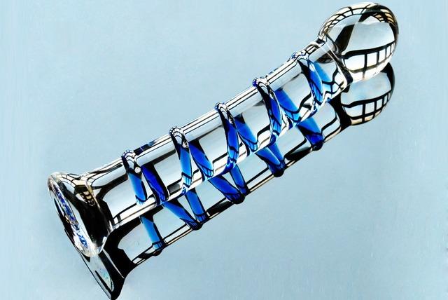 Artificial crystal penis pyrex glass fake genital male dick