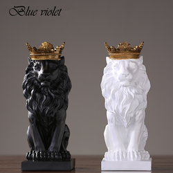 2019 New Creative Modern Golden Crown Black lion Statue Animal Figurine Sculpture For Home Decorations Attic Ornaments Gifts 2