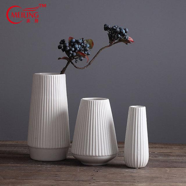 Free Shipping Modern White Ceramic Decorative Vase For Homes Living