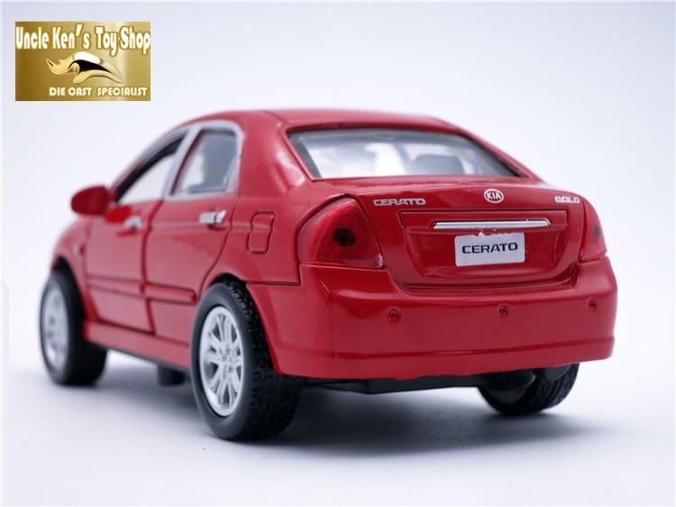 13 cm lengte diecast auto, legering cerato kia model, jongen / - Auto's en voertuigen - Foto 4