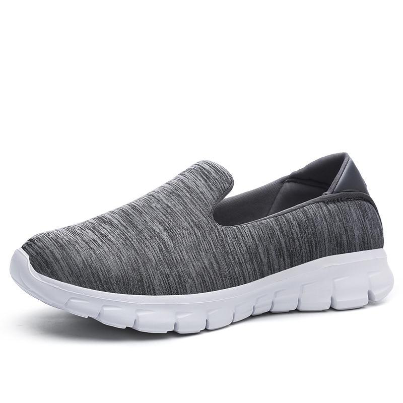 HUANQIU 2018 Novos Sapatos Fundo Macio Mulheres Tênis Luz Respirável  sapatos de Caminhada Sapatos Casuais Para As Mulheres Sapatos Baixos JH123  em ... a5cefa8f08272
