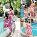 Irregular Vestidos de Mãe e Filha Combinando Roupas de Verão 2016 Da Família do Olhar Da Menina e Mãe Vestido De Chiffon Vestidos de Praia Roupas