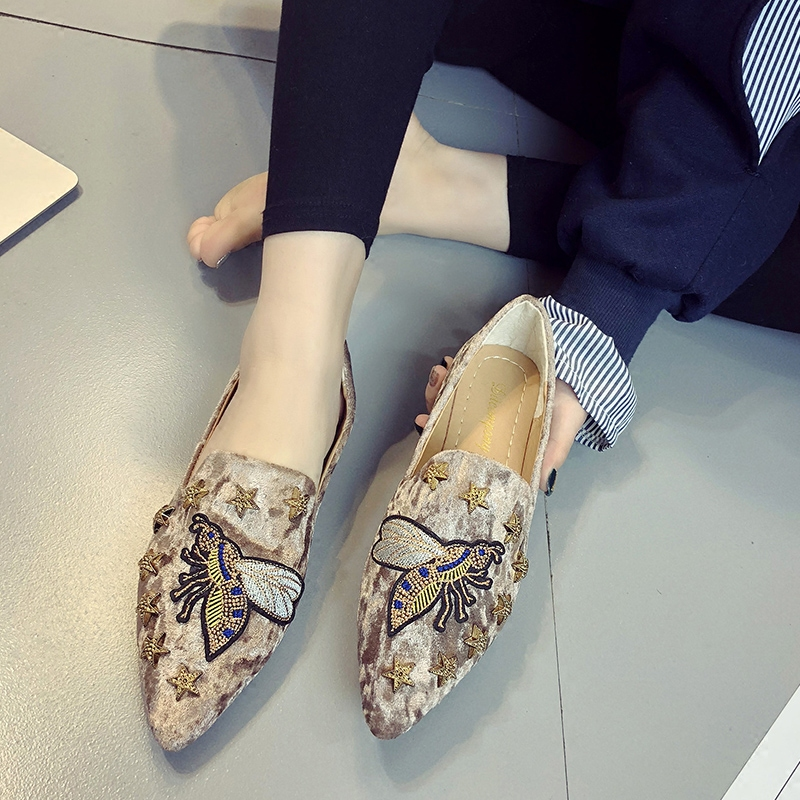 2018 spring summer women Flat shoes suede embroidered animal shoes woman slip on point toe loafers rivets fashion ladies Shoes 4