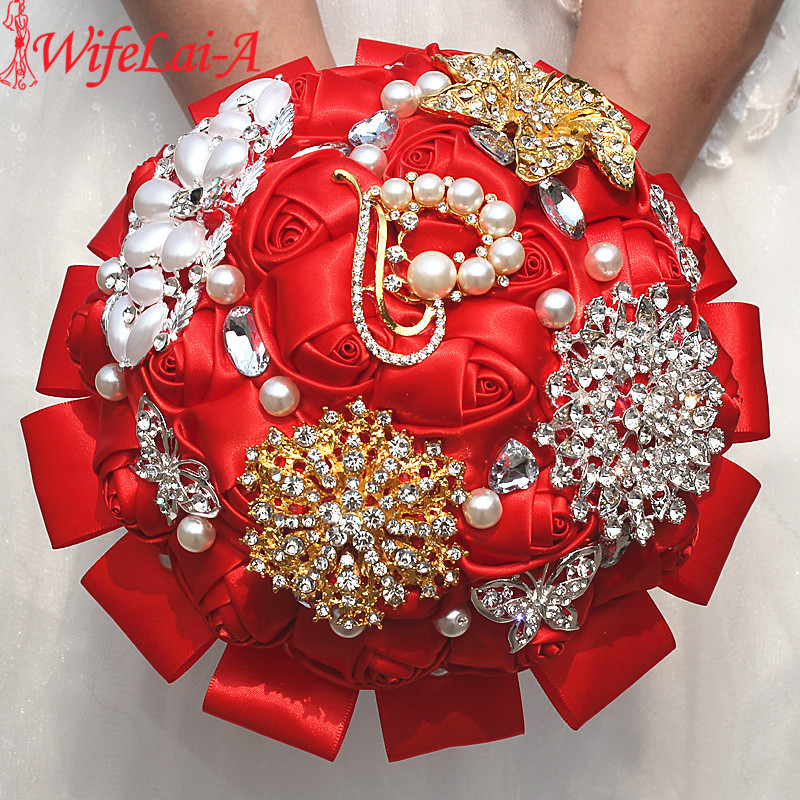 Wifelai a 1piece exquisite red rose flowers throw wedding bouquet luxury peacock gold diamonds bridal silk