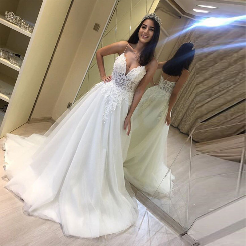 Charming Illusion Wedding Dresses V-neck Spaghetti Straps Appliques Bridal Gowns A Line Floor Length White Ivory Wedding Gowns