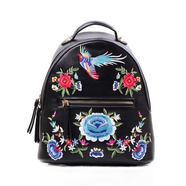 6246a22505a Mochila étnica bordada para niñas Folk Fénix bolso damas flor bordado Mochila  pequeña mochila trasera mujeres