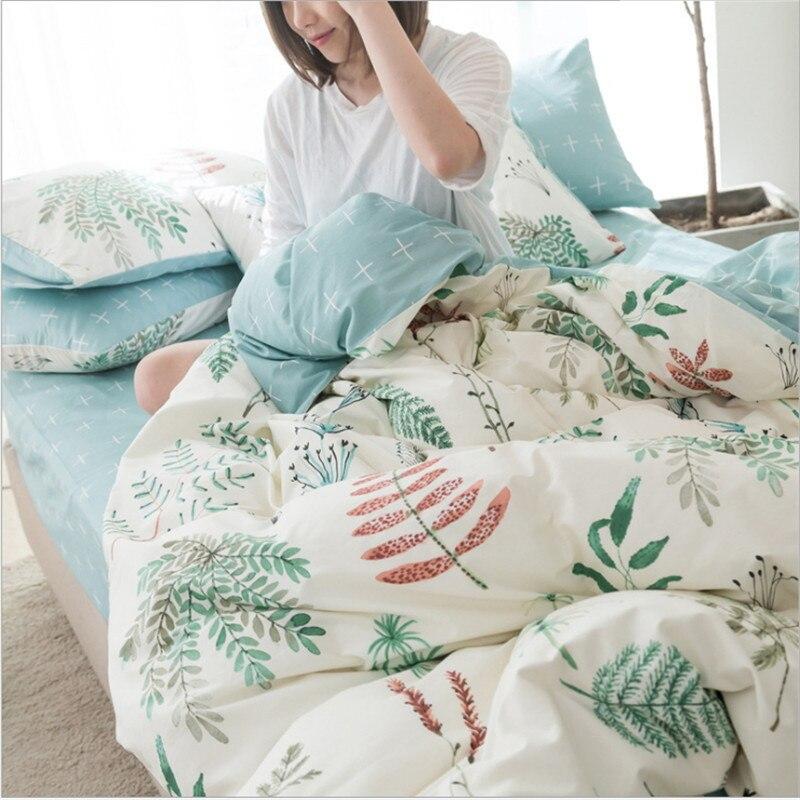 Flower pattern Pure cotton 4pcs snug bedding 1pcs quilt cover/1pcs bed sheet/2pcs pillowcase free shippingFlower pattern Pure cotton 4pcs snug bedding 1pcs quilt cover/1pcs bed sheet/2pcs pillowcase free shipping
