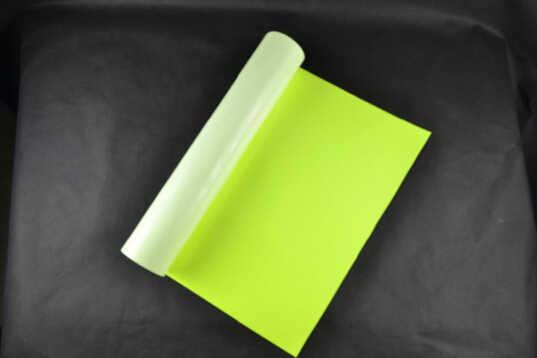 (0.5X5M) นีออนสีเหลือง 2.5 คุณภาพสูง PU ความร้อนไวนิล PU สำหรับเสื้อยืดเหล็กบนไวนิล NY612