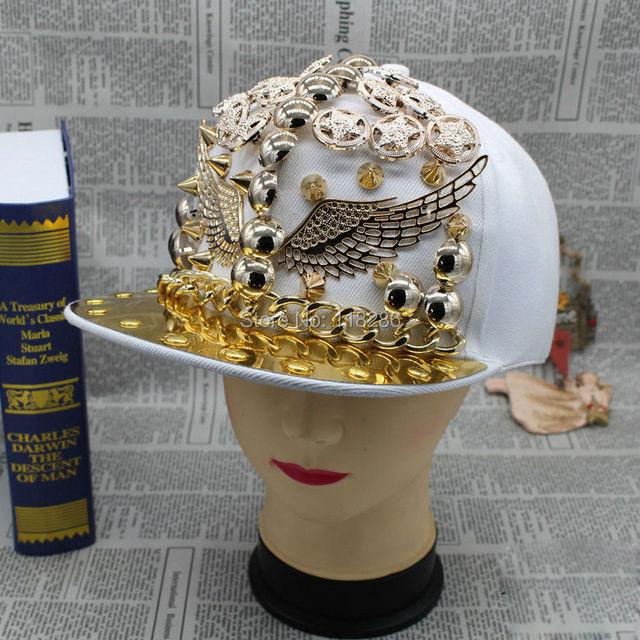 Newly Unisex Flat Brim Gold Spiked Rivets Wing Snapback Cap Hat for Women Men Hip-hop Cap Punker Sports Cap Gorras Cap