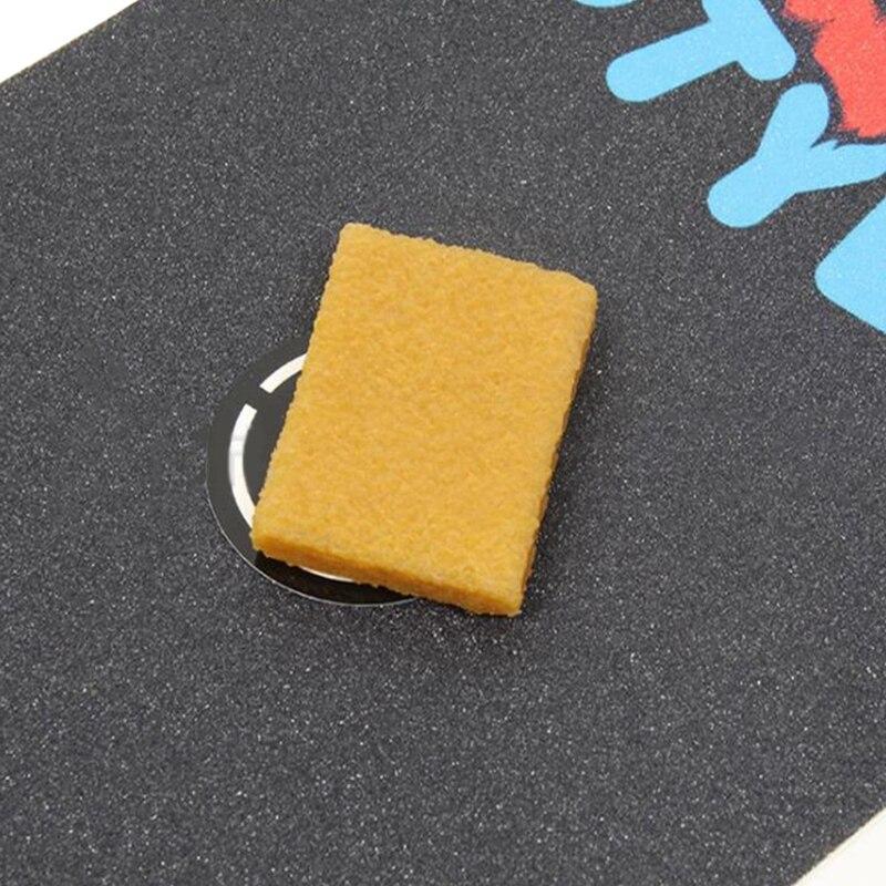 Skateboard Grip Tape Cleaner Eraser Dirt Remove Tool for Longboard Cruiser