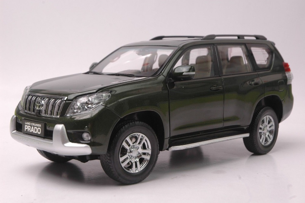 1:18 Diecast Model for Toyota Land Cruiser Prado 2010 Pure Green SUV Alloy Toy Car Collection Gifts LC hot white 2012 1 18 new toyota land cruiser lc200 diecast model cars jeep suv