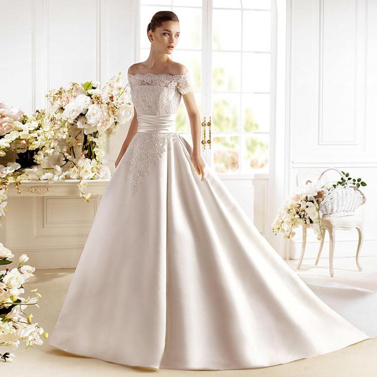 Gorgeous 2016 Appliqued Silk Taffeta Wedding Dresses A: 2016 Real Picture Appliqued Satin Wedding Dresses