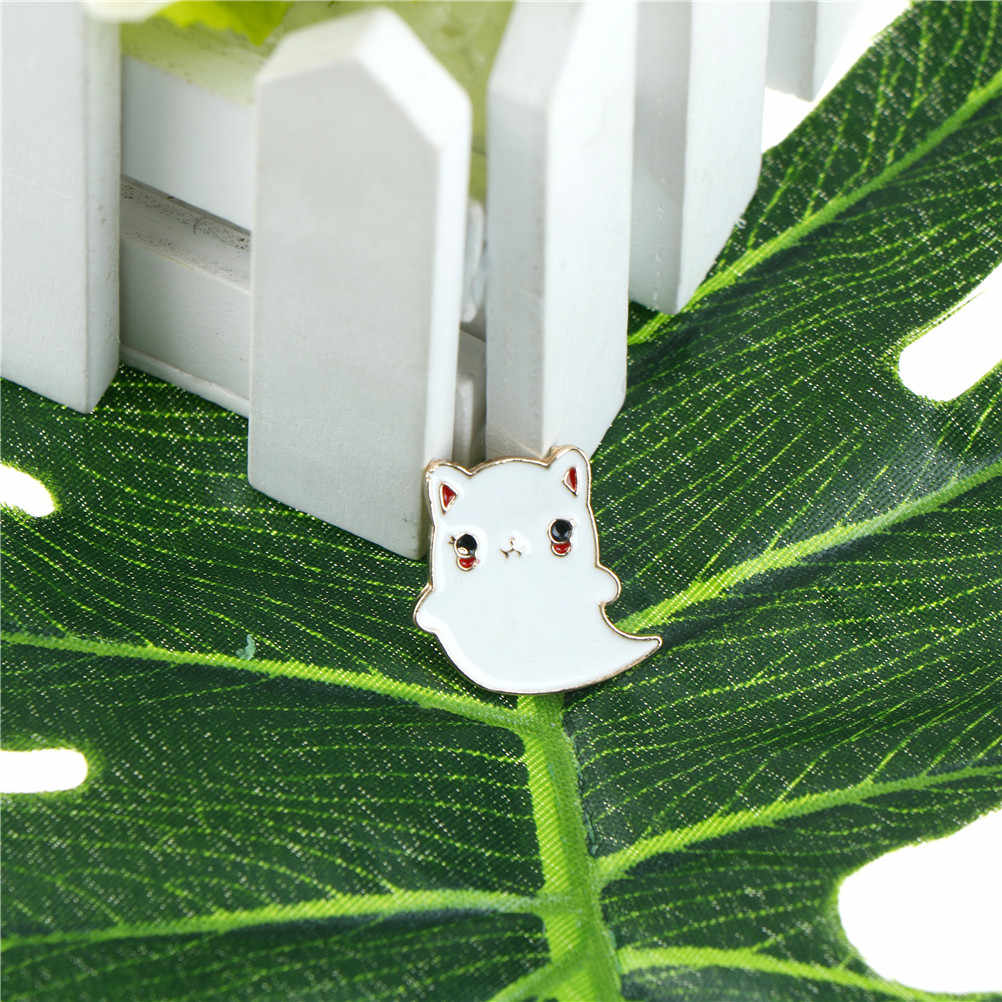 Bonito animal esmalte gato para mulheres grandes pinos e broches metal emblema pino de ano novo presente