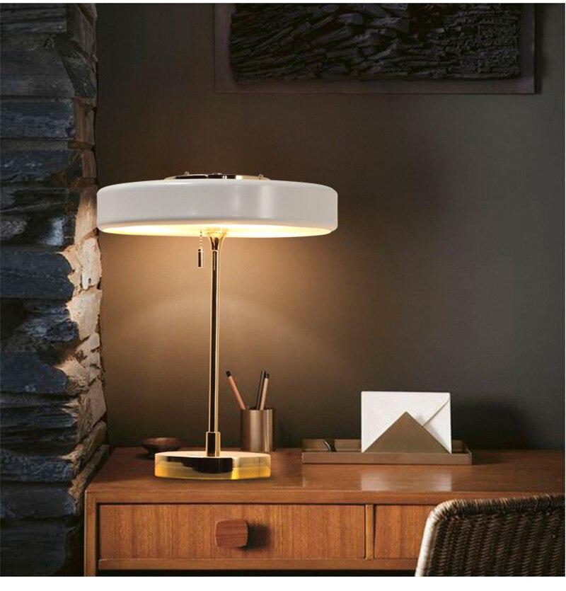 L25-modern Nordic простота Дизайн благородный и элегантный прикроватная лампа Светодиодная настольная лампа E14 * 3 настольная лампа украшение из ме...