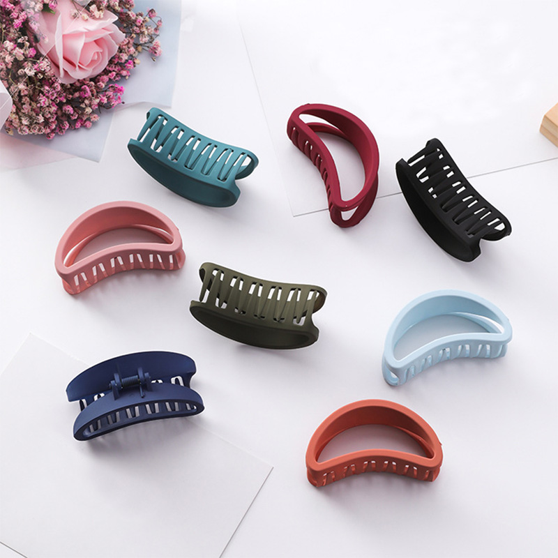 Sale Dull Polish Hollow Out Plastic Hair Claw Simple Bath Makeup Hair Clips Candy Sweet Girls Hair Accessories