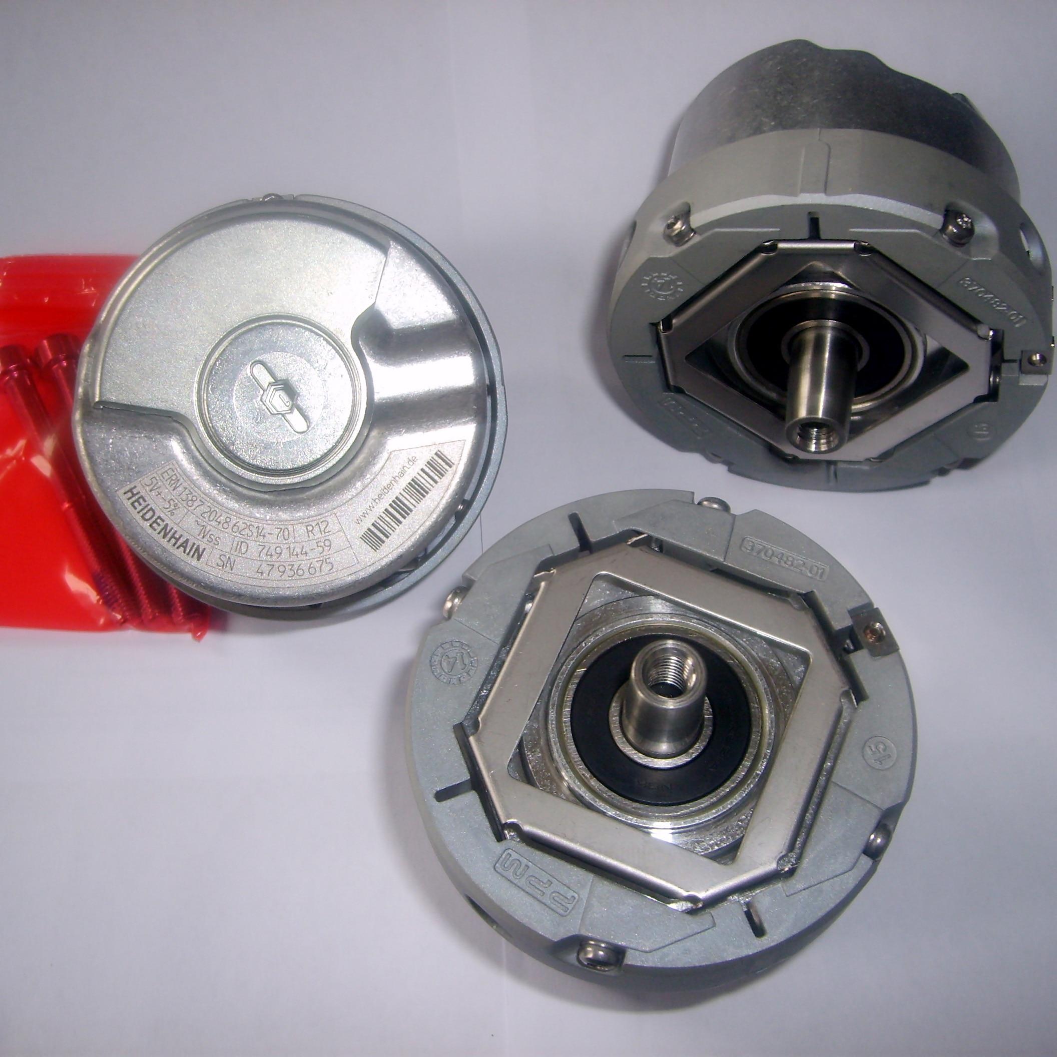 NEW ENCODER ECN 1313 2048 62S12-78 Rotary Encoder Resolver ECN1313204862S12-78 brand new rotary encoder resolver oih 48 1024p6 l6 5v ts5208n510