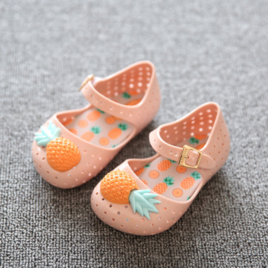 2017-Mini-Pineapple-Fruit-Hole-Summer-Jelly-Childrens-Shoes-Hot-Sale-Plain-Rain-Boot-Baby-Children-Toddler-Kids-Sandals-1