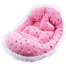 Prettty, warm winter yorkie bed / mat