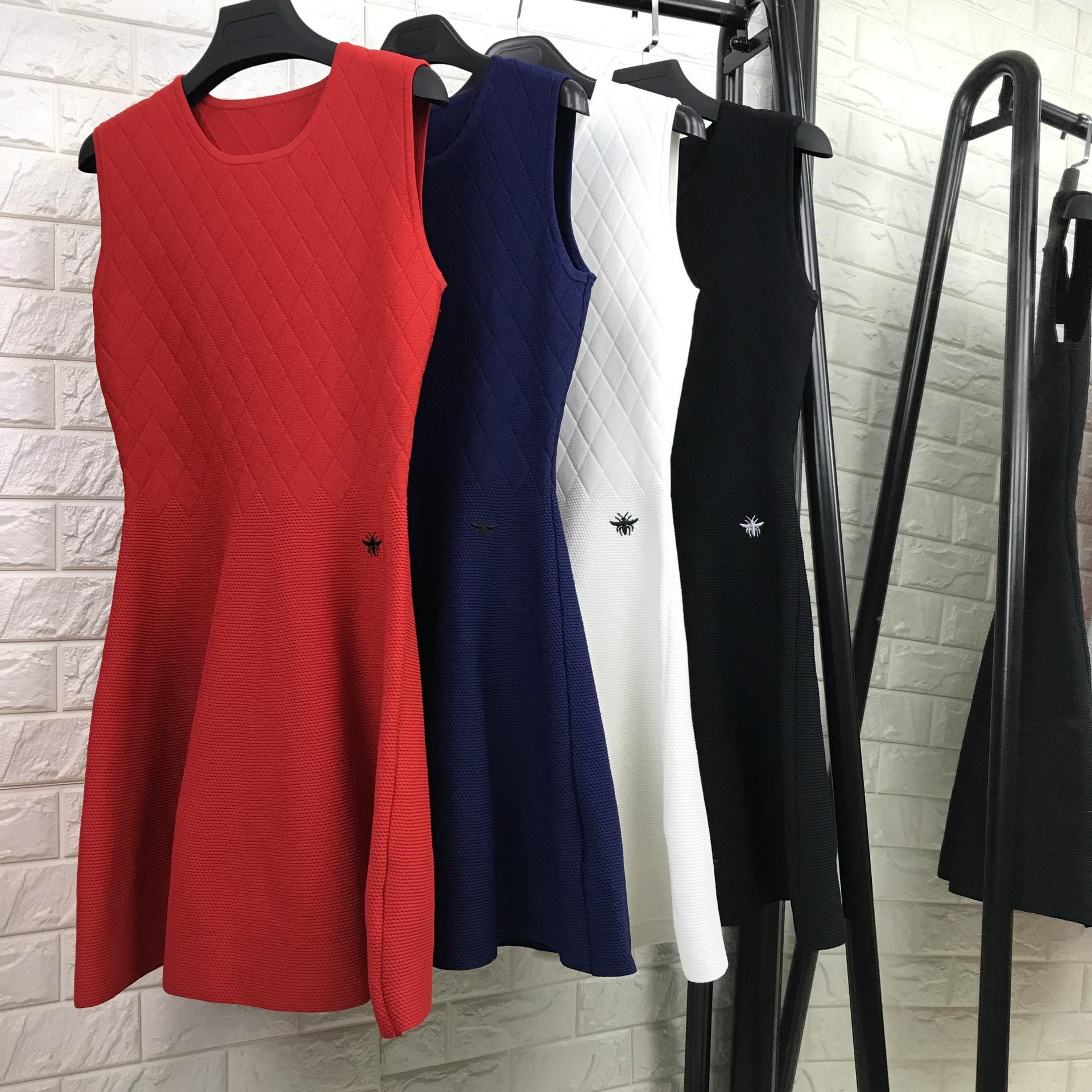 High quality women fashion o-neck knit dress a-line sleeveless brand dresses new 2017 autumn winter red black navy white женское платье dress new brand 2015 o dresses women