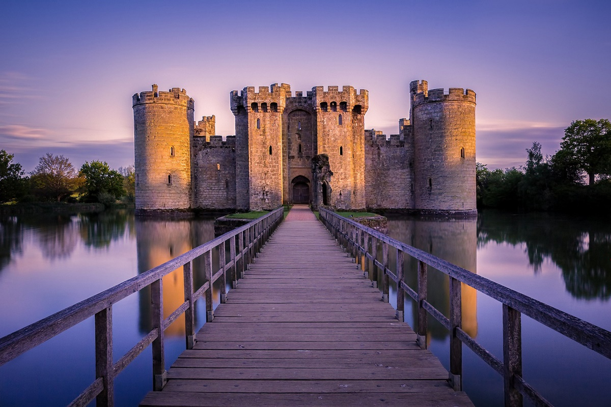 bodiam castle england city building landscape KC501 Living