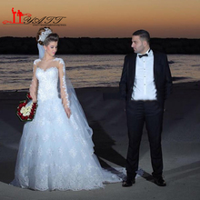 Vintage Islamic Arabic Ball Gown Lace Wedding Dresses 2016 Sheer Sweetheart Beaded Appliques Backless Bridal Gown ARAMEX