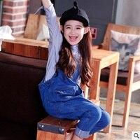 Для девочек джинсовый брючный комбинезон 2018 Новый Осень детская мода Личность два карман комбинезоны кнопка брюки голубой цвет ly026
